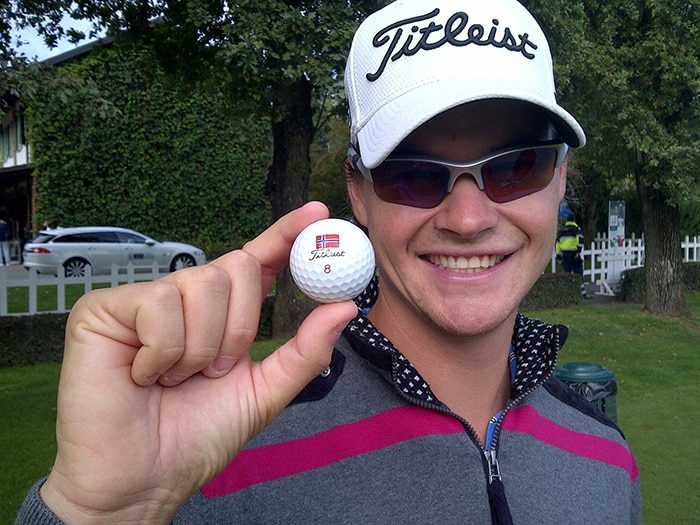 Espen Kofstad shows us how he marks his Titleist.
